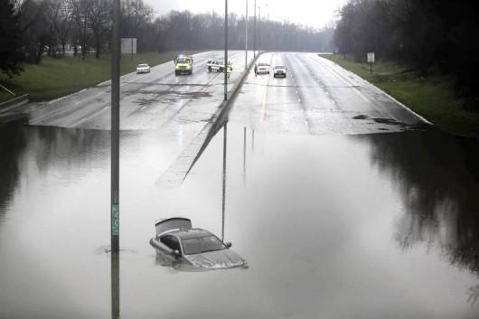 Chicago, USA - Powódź po ulewnych deszczach 3