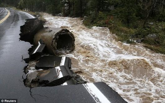 USA - Największa od prawie 100 lat powódź w Kolorado (Boulder) 1