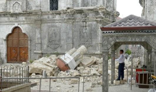 Filipiny - Po trzęsieniu ziemi 2