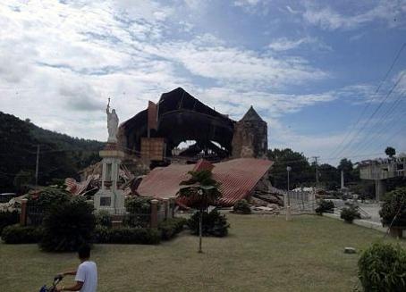 Filipiny - Trzęsienie ziemi 7
