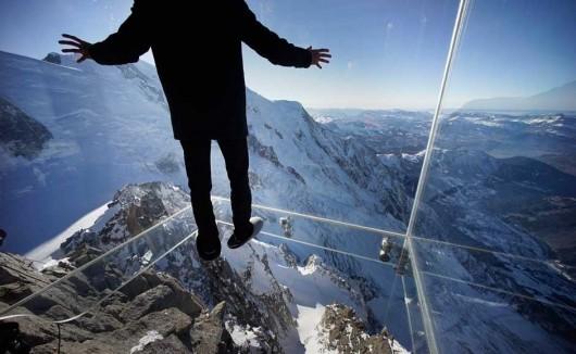 Francja - Szklana kabina z widokiem na Mont Blanc 3