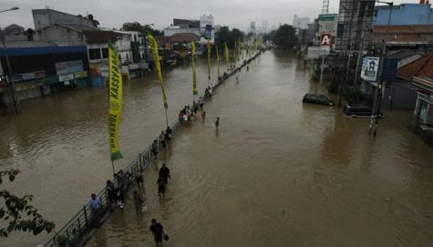 Indonezja - Dziesiątki miejscowości w Dżakarcie zostały zalane i podtopione po wyjątkowo obfitych opadach 4