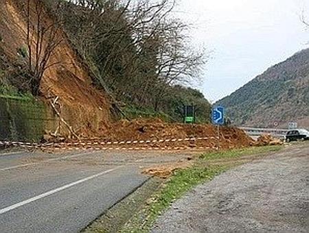 Włochy - Osuwiska ziemi 4