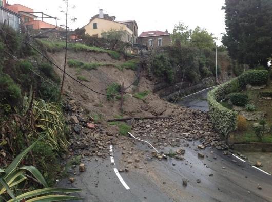 Włochy - Osuwiska ziemi 9