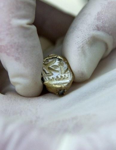 Izrael - Znaleziono sygnet z wygrawerowanym imieniem faraona sprzed 3300 lat 3
