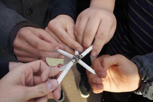 Paląca młodzież 2