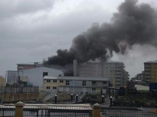 Pożar elektroni na Gibraltarze