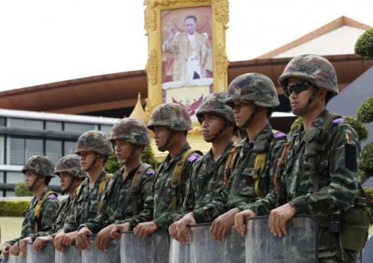 Armia wprowadziła w Tajlandii stan wojenny