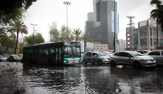 Izrael - Powódź w Tel Awiwie