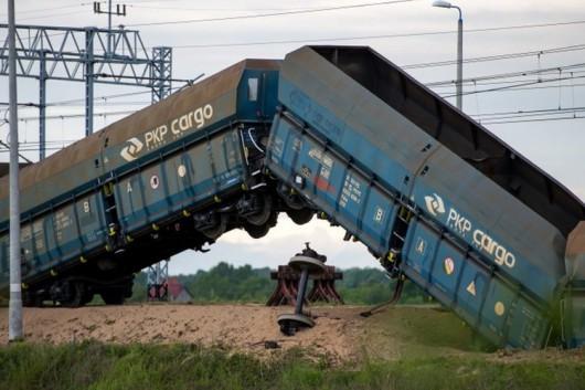 Polska - Wykoleił się pociąg towarowy 5
