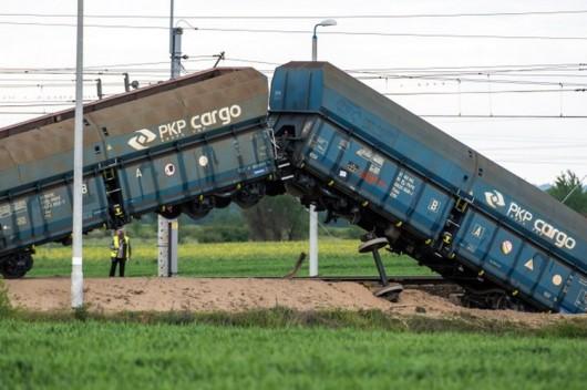 Polska - Wykoleił się pociąg towarowy 6