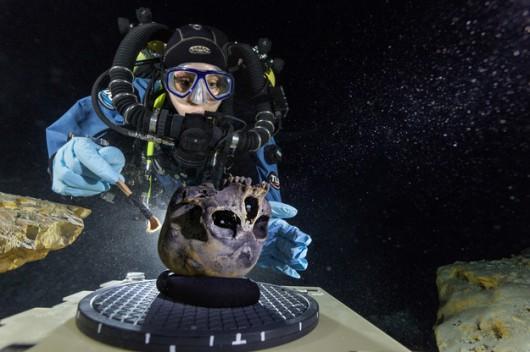Prowadzone pod wodą badania czaszki, pochodzącej ze szkieletu Nai