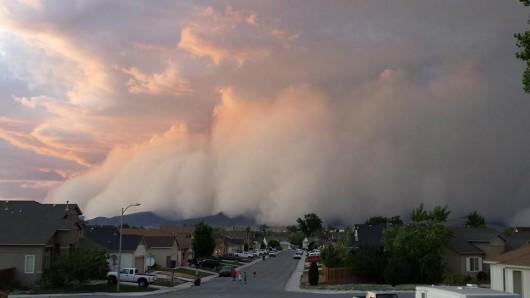 USA - Burza pyłowa nad Nevadą