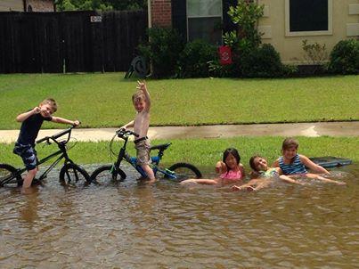 USA - Ulewny deszcz w Luizjanie 3