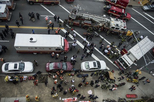 USA - W Queens wykoleiło się metro 3