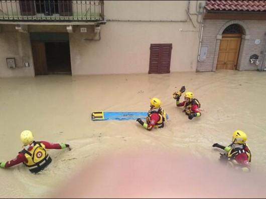 Włochy - Powódź3