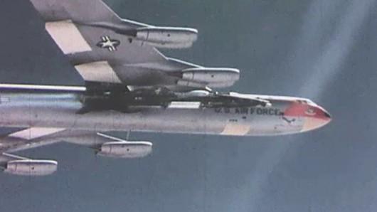 Zrzucenie X-15 z statku-matki i początek lotu