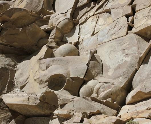 Czeczenia - Kamienne kule 1