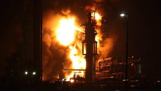 Holandia, Moerdijk - Eksplozja w rafinerii Shell