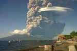 Indonezja - Erupcja Sangeang Api