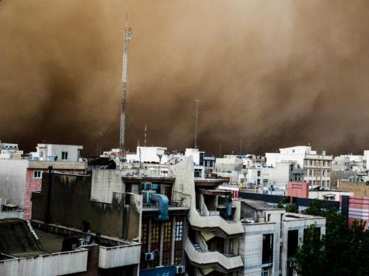 Iran - Burza piaskowa