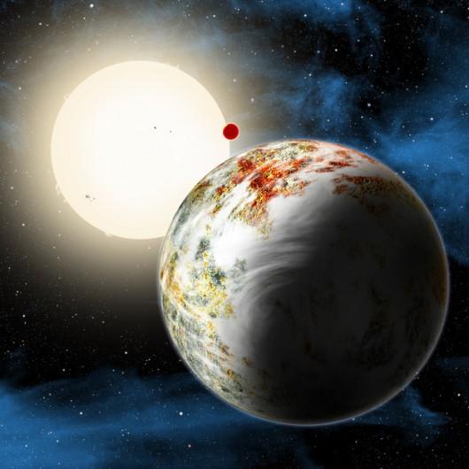 Planety Kepler-10c i rozpalona Kepler-10b na tle swej gwiazdy /Rys. David A. Aguilar (CfA) /