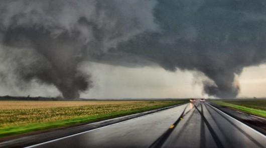 USA - Dwa tornada w Nebrasce