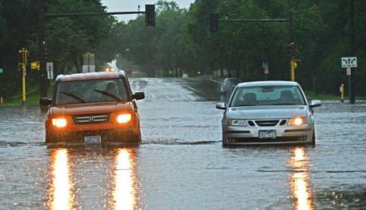 USA - Rekordowe ulewy w Minnesocie, tak mokro nie było od 140 lat, Missisipi podtapia Minneapolis 3