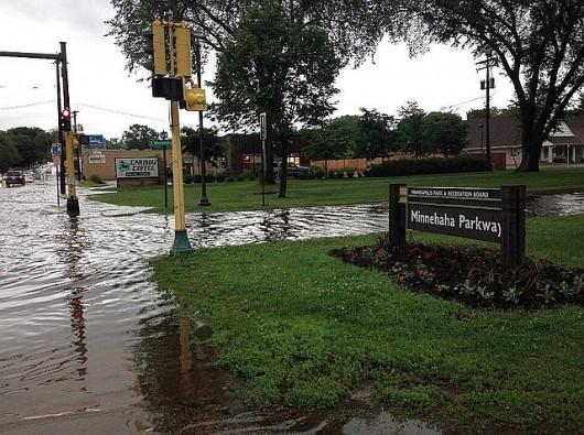 USA - Rekordowe ulewy w Minnesocie, tak mokro nie było od 140 lat, Missisipi podtapia Minneapolis 4