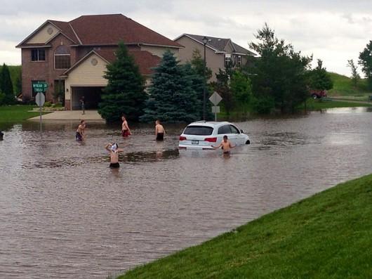 USA - Rekordowe ulewy w Minnesocie, tak mokro nie było od 140 lat, Missisipi podtapia Minneapolis 6