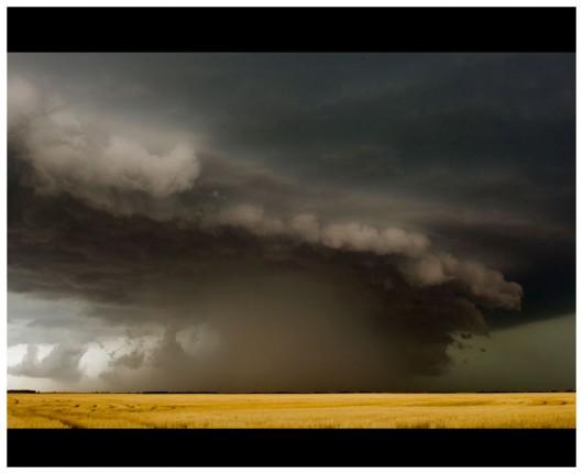 USA - Silny wiatr o nazwie derecho, burze i gradobicia sparaliżowały życie mieszkańców centralnej części Stanów Zjednoczonych 2