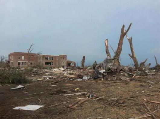 USA - Zniszczenia w Pilger po tornadach 1