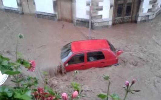 Hiszpania - Powódź po ulewnych deszczach 3