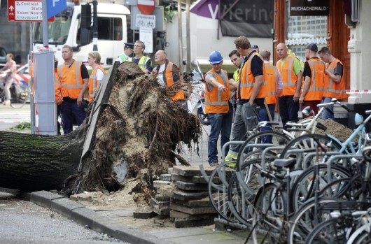 Dode door noodweer in Amsterdam