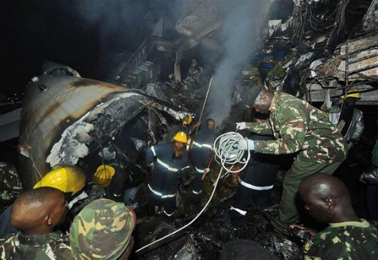 Kenia - Samolot towarowy uderzył w biurowiec w Nairobi 4