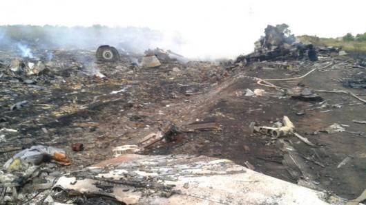 Nad Ukrainą rozbił się Boeing 777 malezyjskich linii lotniczych 3