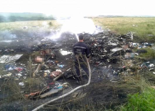 Nad Ukrainą rozbił się Boeing 777 malezyjskich linii lotniczych 6