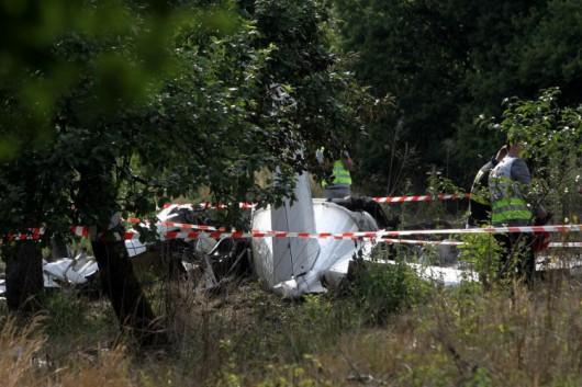 Polska - W miejscowości Topolów koło Częstochowy spadł samolot ze skoczkami spadochronowymi, zginęło 11 osób, jedna przeżyła