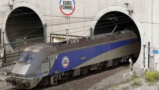 Przegrzała się trakcja elektryczna pod kanałem La Manche, 382 pasażerów zostało ewakuowanych