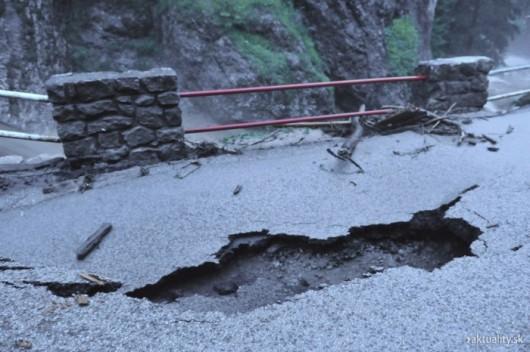 Słowacja - Powódź zniszczyła Dolinę Vratna 2
