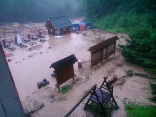 Słowacja - Powódź zniszczyła Dolinę Vratna 8
