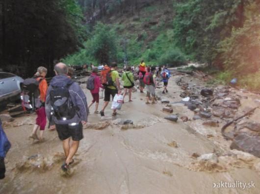 Słowacja - Powódź zniszczyła Dolinę Vratna 9