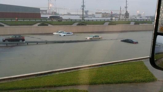 USA - Błyskawiczne powodzie w Teksasie 3
