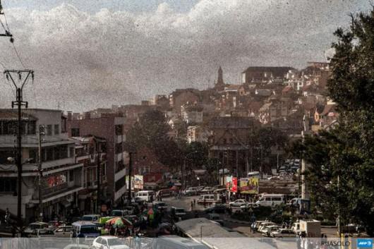 Antananarywa, Madagaskar - Szarańcza zaatakowała stolicę kraju