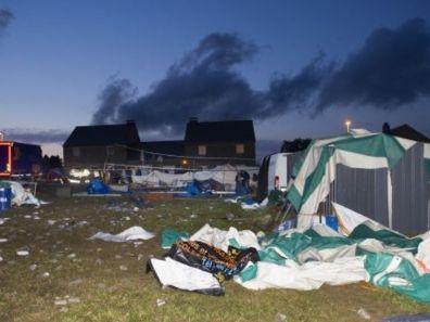Belgia - Trąba powietrzna nad miasteczkiem Marbay