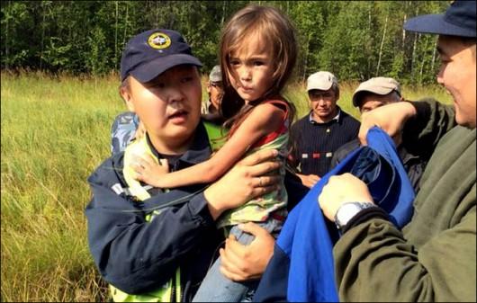 Jakucja, Rosja - Czteroletnia dziewczynka przeżyła 11 dni w tajdze, uratował ją pies 2