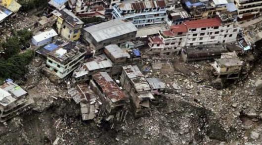 Nepal - osuwiska ziemi