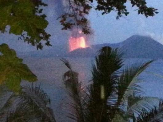 Papua-Nowa Gwinea - Potężna erupcja wulkanu Tavurvur 3