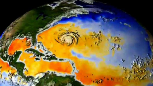 Po przejściu huraganu woda na powierzchni oceanu ochładza się
