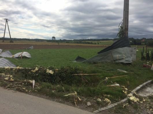 Polska - Ogromna nawałnica i trąba powietrzna w Małopolsce i na Podkarpaciu 1